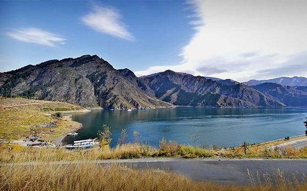 新疆天山天池风光