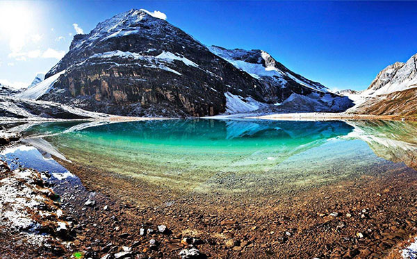 川藏线+珠穆玛拉峰自驾包车14日游